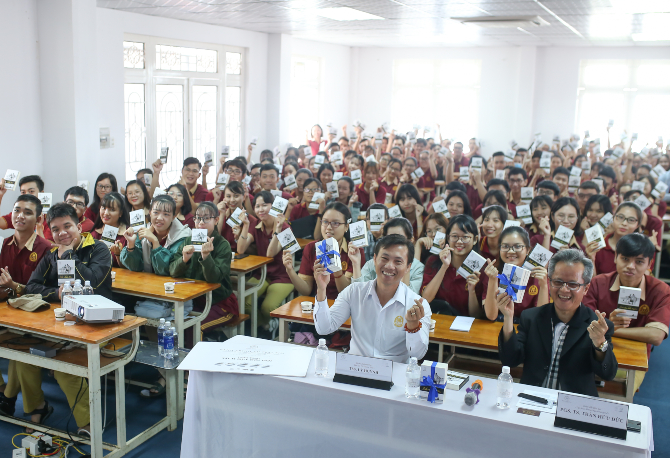The Seminar on Inspiring to Start a Business- Sharing the Success System for Students of Vo Truong Toan University